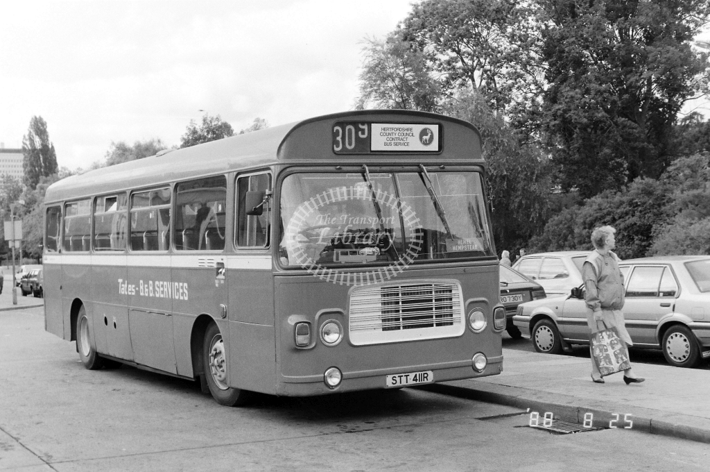 Tates BandB Services Bristol RE STT411R at Hemel Hempstead ,Bus Station  in 1989 on route 309 - Russell Fell