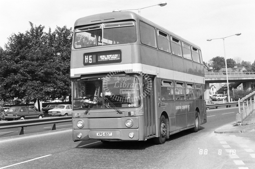 London Country North West Leyland Atlantean Class AN AN165 XPG165T at Hemel Hempstead ,L.Buzzard Rd  in 1988 on route H5 - Russell Fell