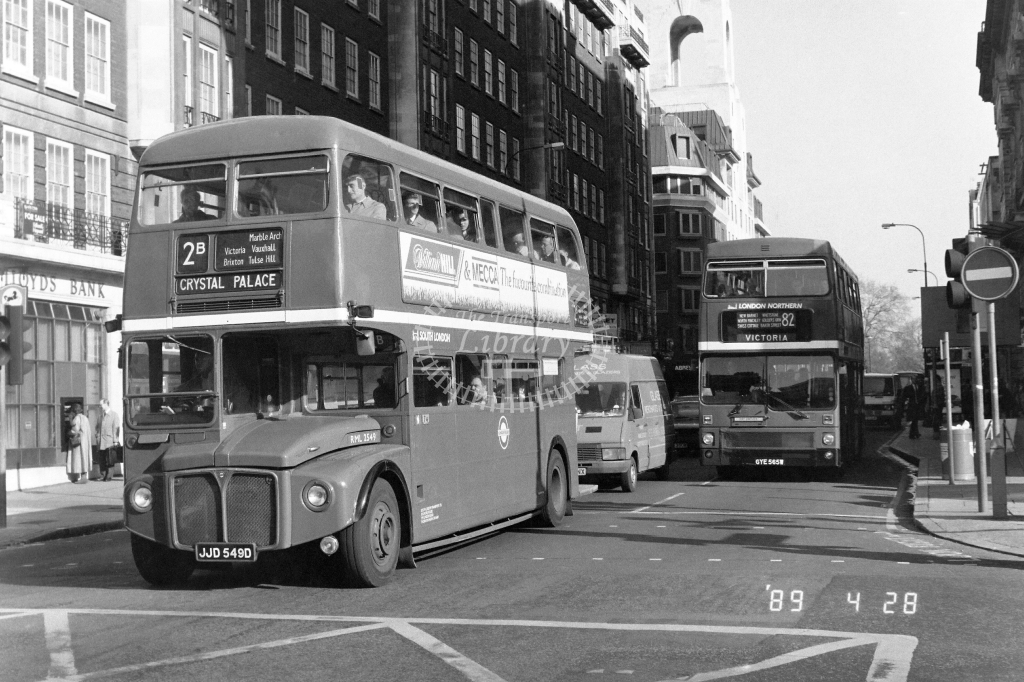 South London AEC Routemaster Class RML RML2549 JJD549D at Baker St. ,Station  in 1988 on route 2B - Russell Fell