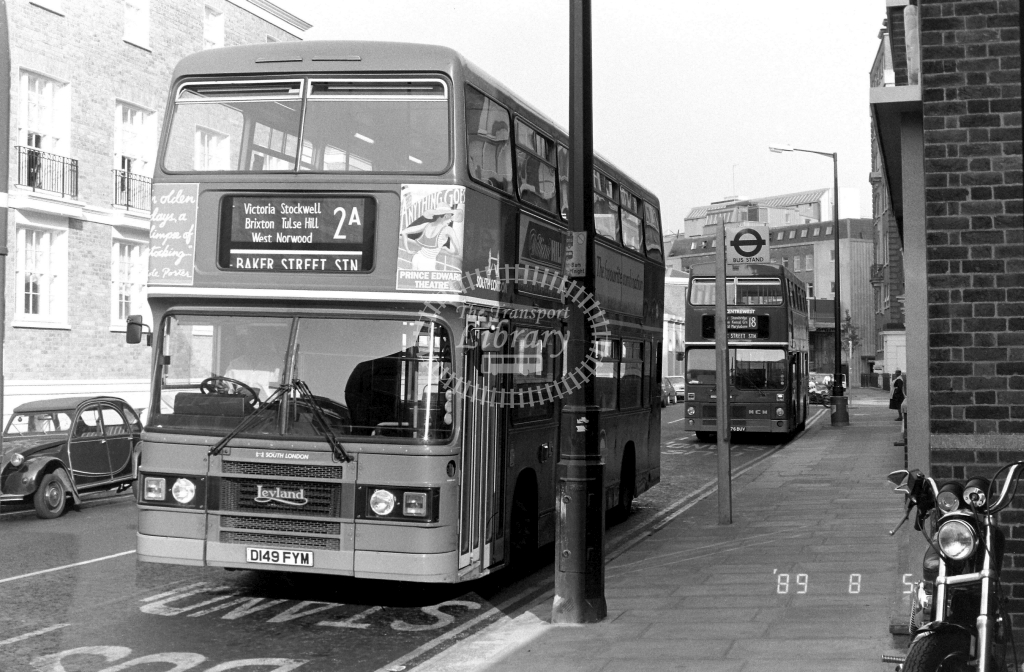 South London Leyland Olympian Class L L149 D149FYM at Baker St. ,Allsop Place  in 1989 on route 2A - Russell Fell