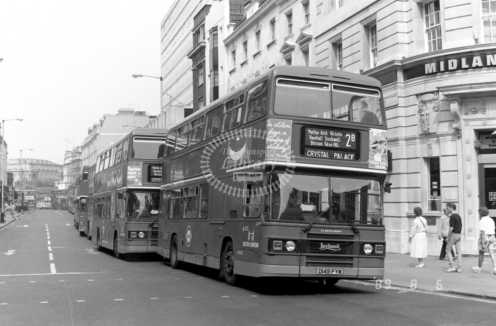 South London Leyland Olympian Class L L149 D149FYM at Victoria ,Victoria Street  in 1989 on route 2B - Russell Fell