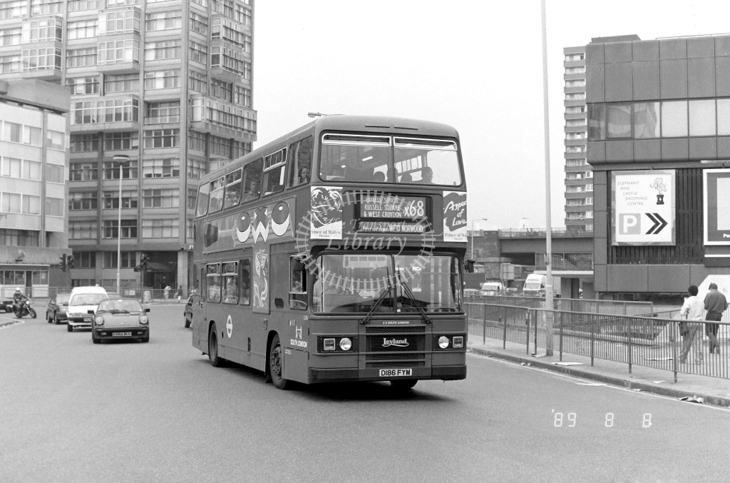 South London Leyland Olympian Class L L186 D186FYM at Elephant & Castle ,LT Station  in 1989 on route X68 - Russell Fell