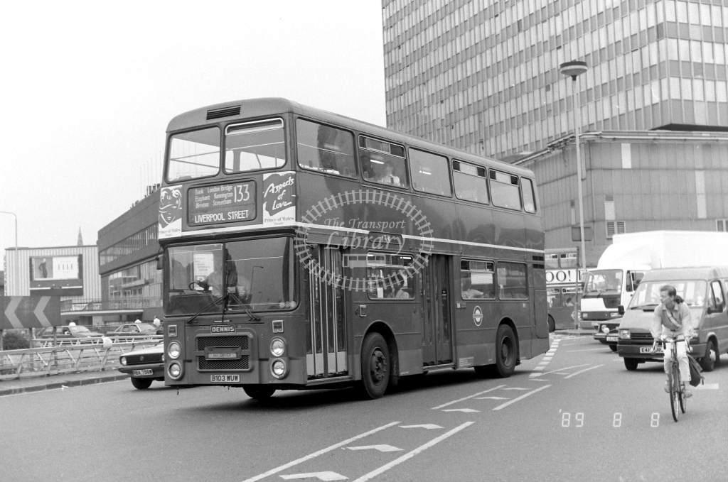 South London Dennis Dominator Class H H3 B103WUW at Elephant & Castle ,LT Station  in 1989 on route 133 - Russell Fell
