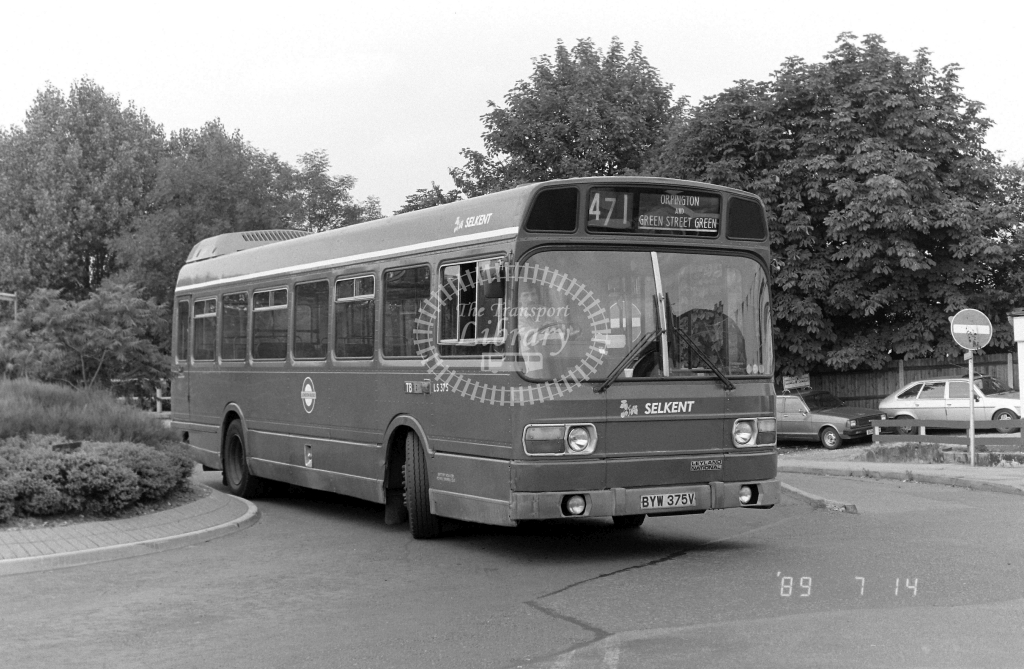 Selkent Leyland National Class LS LS375 BYW375V at Orpington ,Station  in 1989 on route 471 - Russell Fell