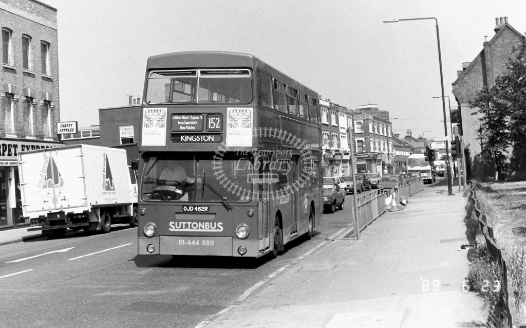 Sutton Bus Daimler Fleetline Class DMS DMS2464 OJD462R at Merton ,High Street  in 1989 on route 152 - Russell Fell