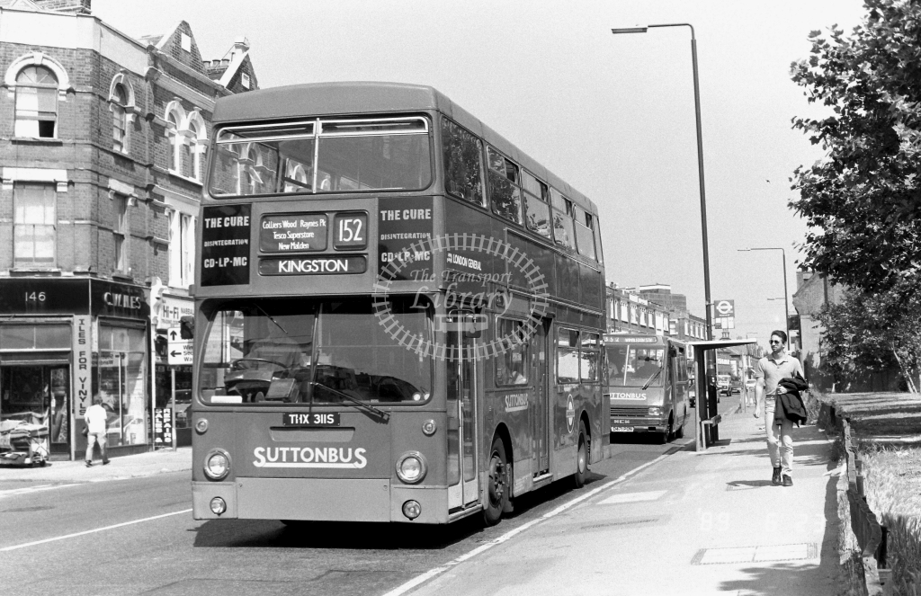 Sutton Bus Daimler Fleetline Class DMS DMS2311 THX311S at Merton ,High Street  in 1989 on route 152 - Russell Fell