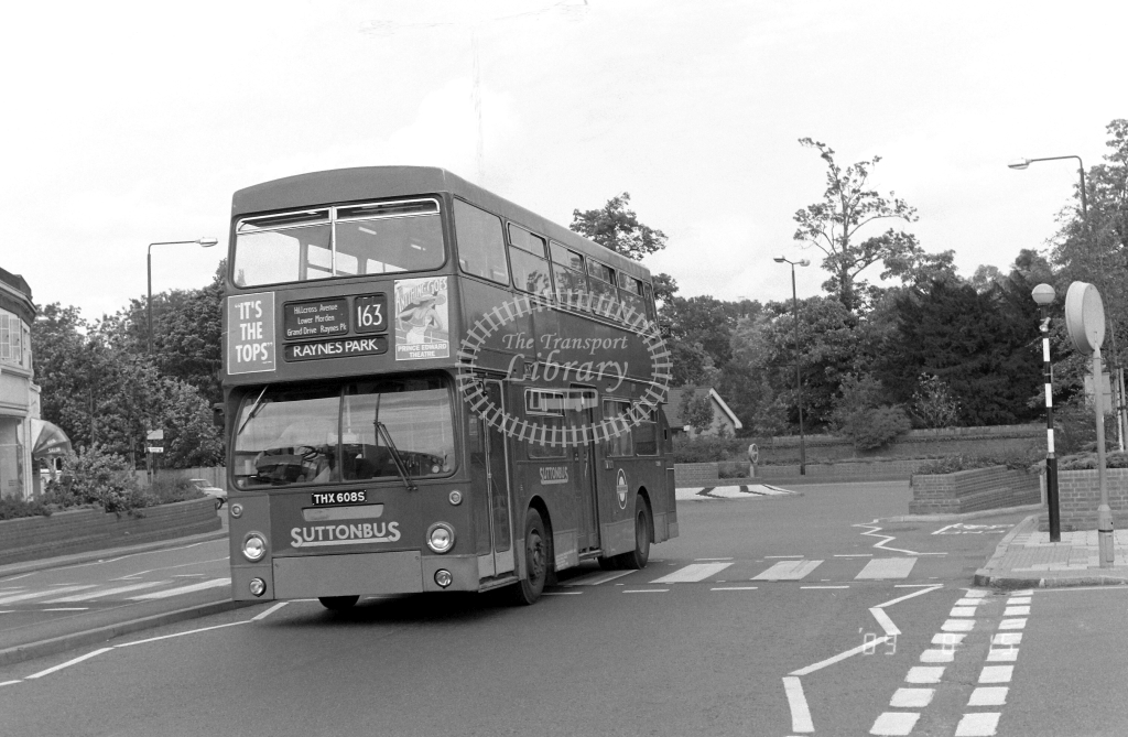 Sutton Bus Daimler Fleetline Class DMS DMS2608 THX608S at Morden ,Morden Hall Rd.  in 1989 on route 163 - Russell Fell