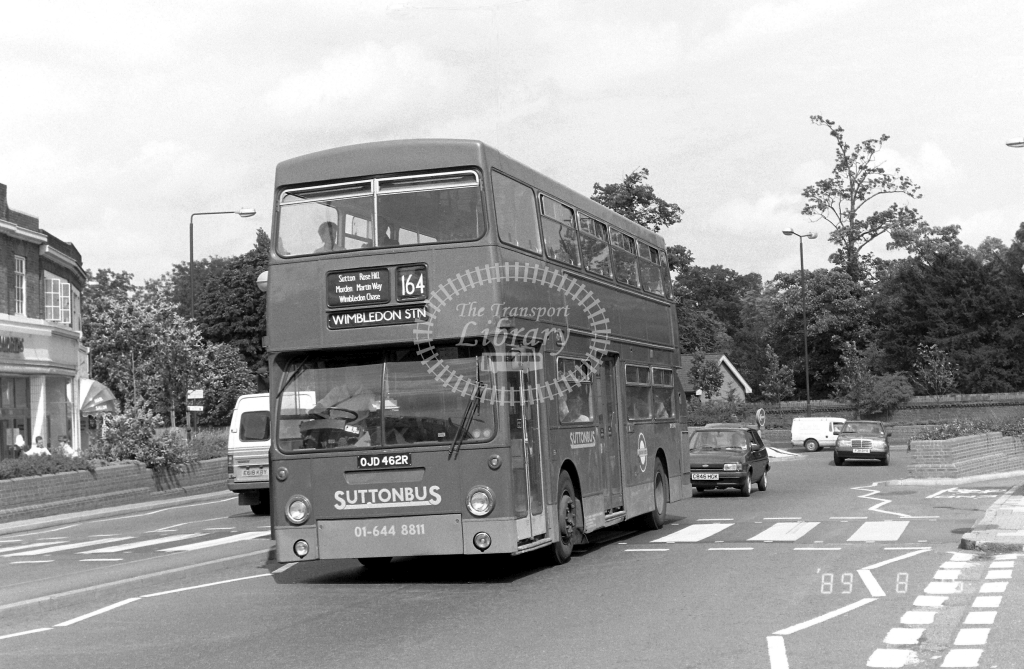 Sutton Bus Daimler Fleetline Class DMS DMS2462 OJD462R at Morden ,Morden Hall Rd.  in 1989 on route 164 - Russell Fell