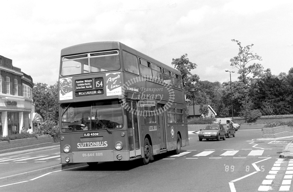 Sutton Bus Daimler Fleetline Class DMS DMS2450 OJD450R at Morden ,Morden Hall Rd.  in 1989 on route 163 - Russell Fell
