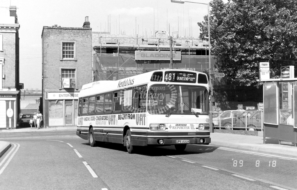 Kentish Bus Leyland National Class SNB SNB106 UPE106M at Gravesend ,Princes St.  in 1989 on route 481 - Russell Fell