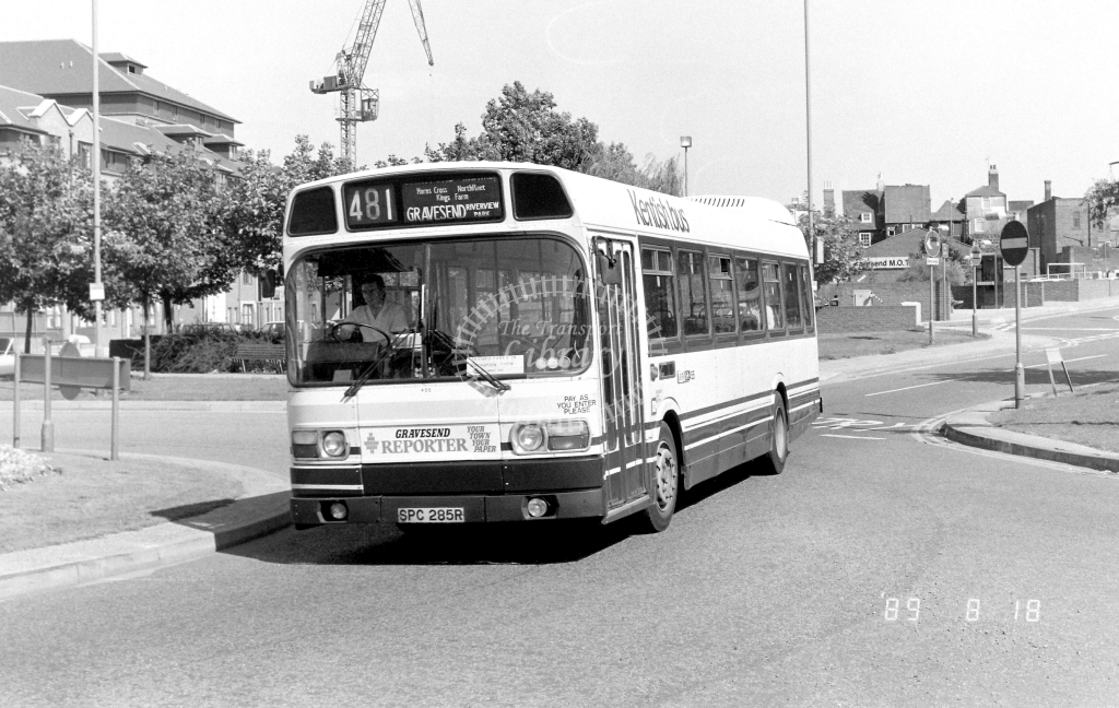 Kentish Bus Leyland National Class SNB SNB285 SPC285R at Gravesend ,The Terrace  in 1989 on route 481 - Russell Fell