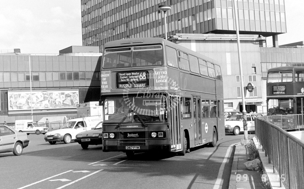 South London Leyland Olympian Class L L167 D167FYM at Elephant & Castle ,LT Station  in 1989 on route 68 - Russell Fell