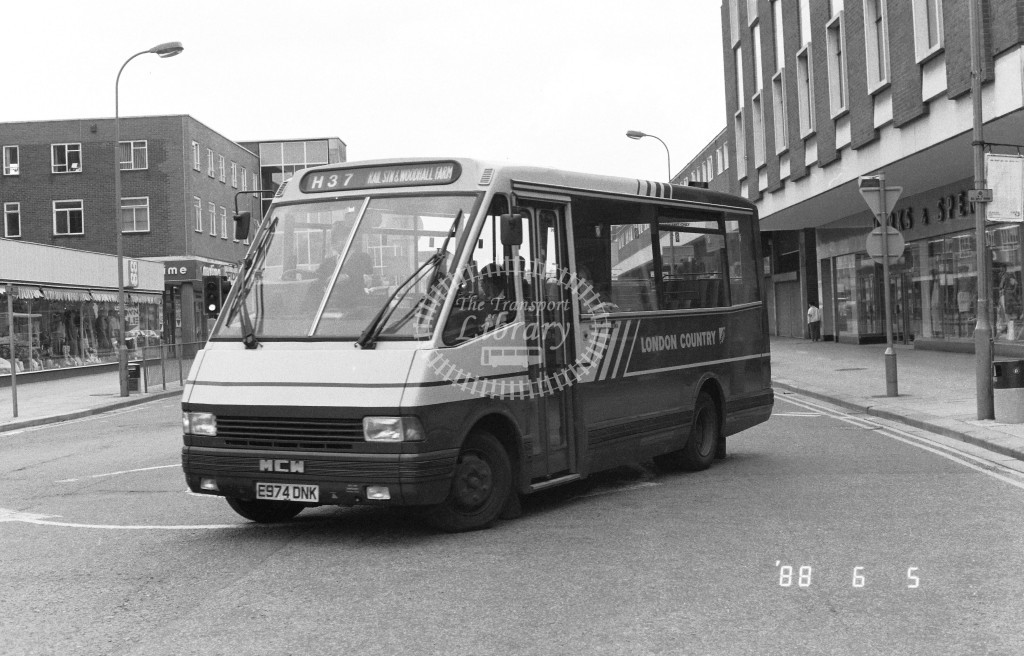 London Country North West MCW Metrorider MCW4 E974DNK  at Hemel Hempstead , Marlowes  in 1988 on route  H37  - Russell Fell