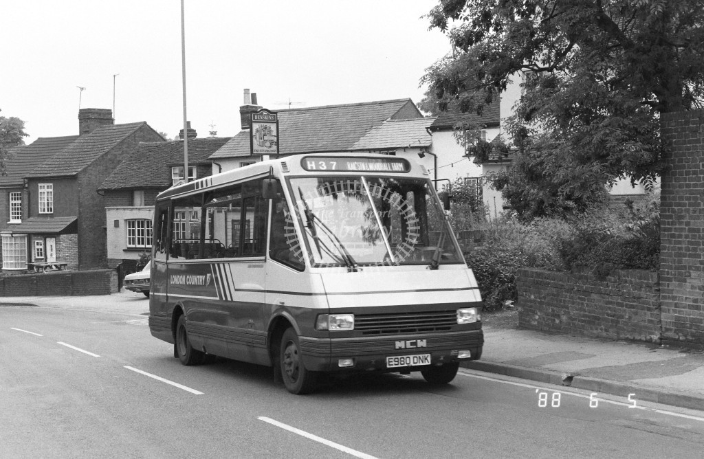 London Country North West MCW Metrorider MCW10 E980DNK  at Hemel Hempstead  in 1988 on route  H37  - Russell Fell