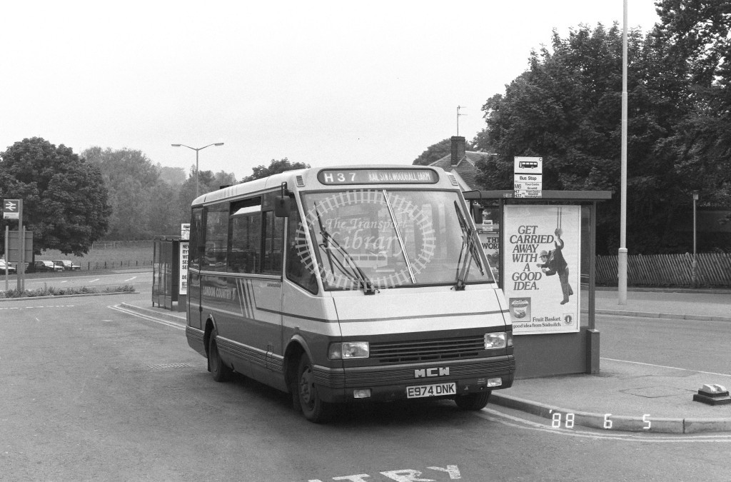 London Country North West MCW Metrorider MCW4 E974DNK  at Hemel Hempstead , Station  in 1988 on route  H37  - Russell Fell