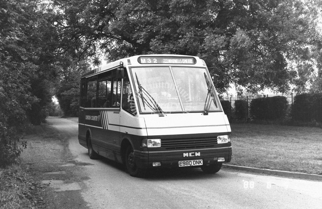 London Country North West MCW Metrorider MCW10 E980DNK  at Hemel Hempstead , Woodwell Cemetery  in 1988 on route  M32  - Russell Fell