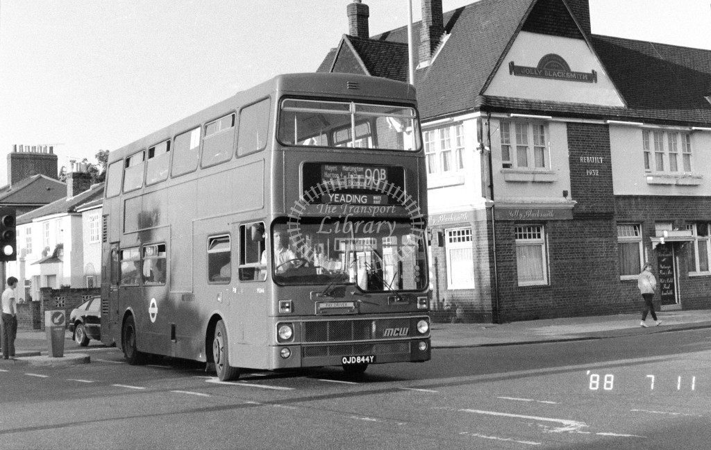 London Buses MCW Metrobus M844 OJD844Y  at Fulwell , Hampton Rd  in 1988 on route  90B  - Russell Fell