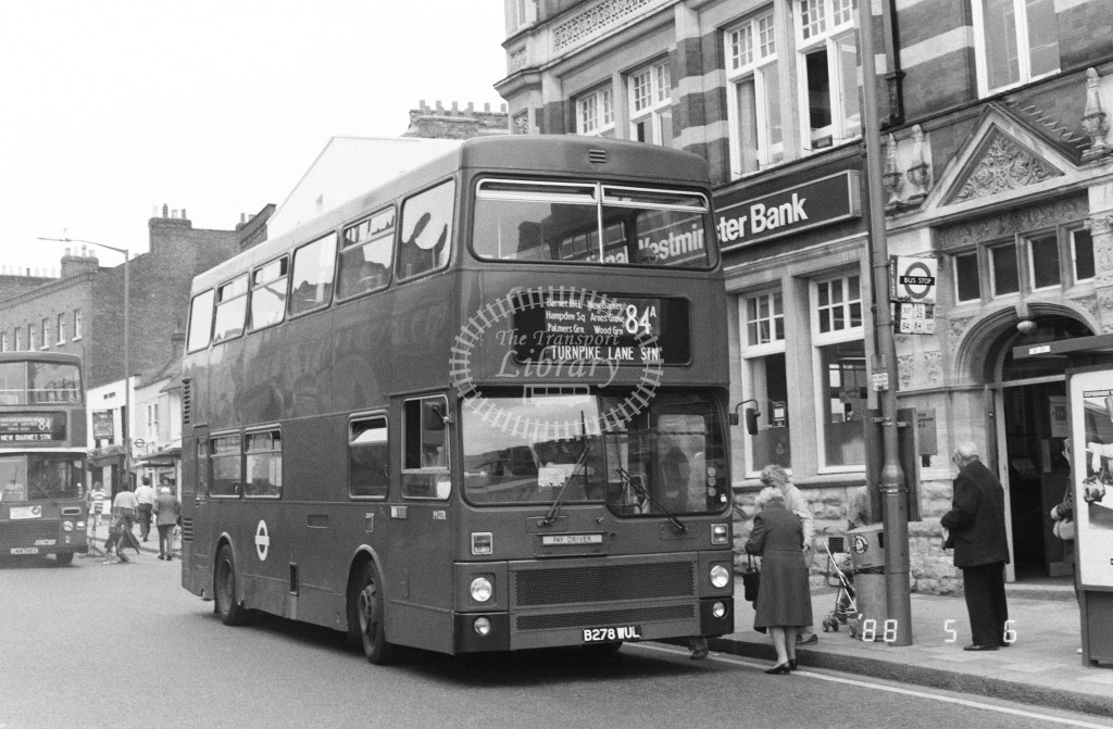 London Buses MCW Metrobus M1278 B278WUL  at Barnet , Barnet Hill  in 1988 on route  84A  - Russell Fell