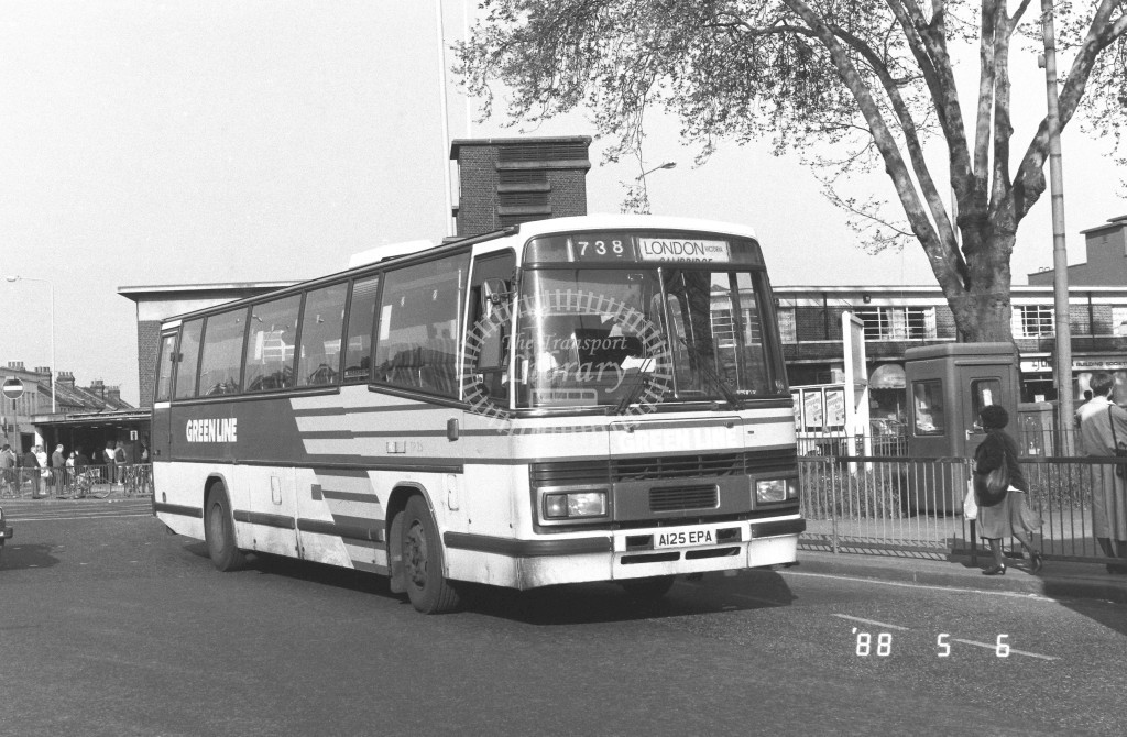 London Country North East Leyland Tiger TP25 A125EPA  at Turnpike Lane , LT Station  in 1988 on route  738  - Russell Fell