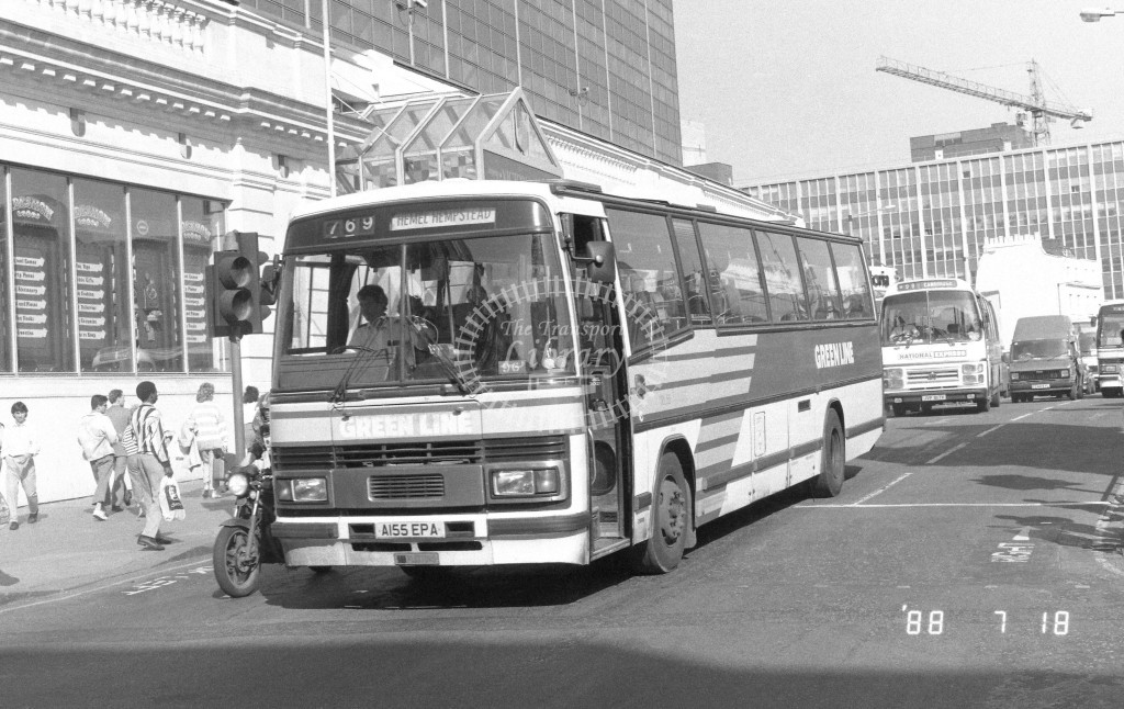 London Country North West Leyland Tiger TPL55 A155EPA  at Victoria , Ecclestone Bridge  in 1988 on route  769  - Russell Fell