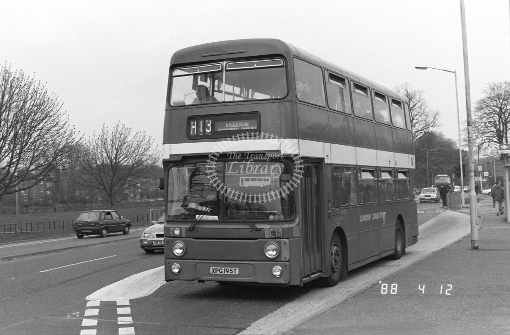 London Country North West Leyland Atlantean AN195 XPG195T  at Hemel Hempstead , Station  in 1988 on route  H13  - Russell Fell