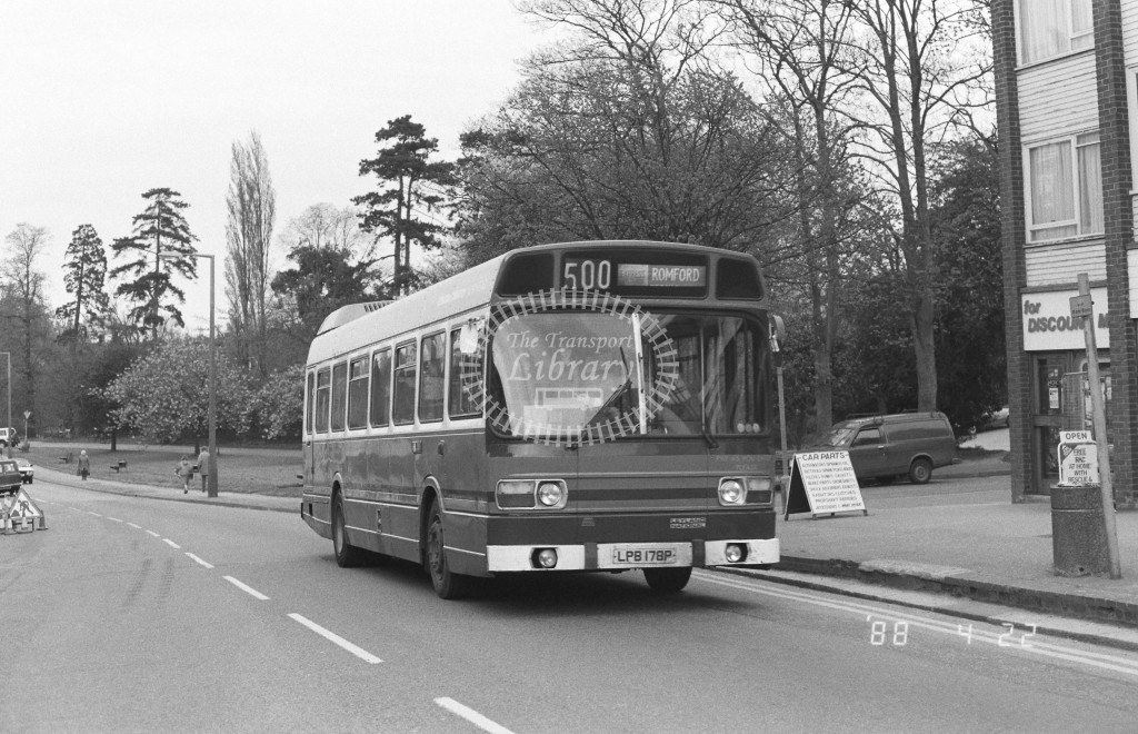 London Country North East Leyland National SNB178 LPB178P  at Epping , High Street  in 1988 on route  500  - Russell Fell