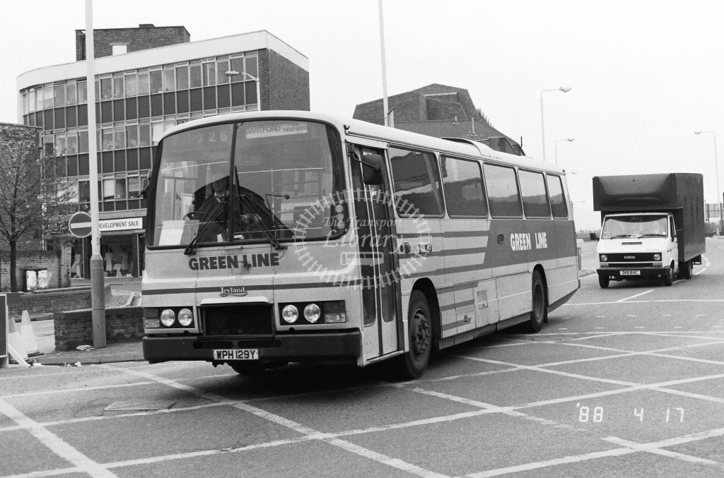 London Country North West Leyland Tiger TL29 WPH129Y  at Kingston , Station  in 1988 on route  726  - Russell Fell