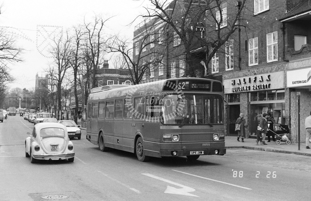 London Country North East Leyland National SNB111 UPE211M  at St Albans , St Peter's St.  in 1988 on route  S2  - Russell Fell