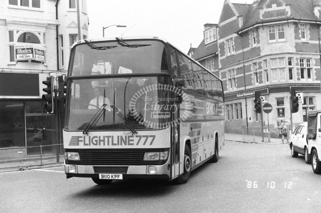 London Country Leyland Tiger BTL10 B110KPF  at Purley , Brighton Rd  in 1986 on route  777  - Russell Fell