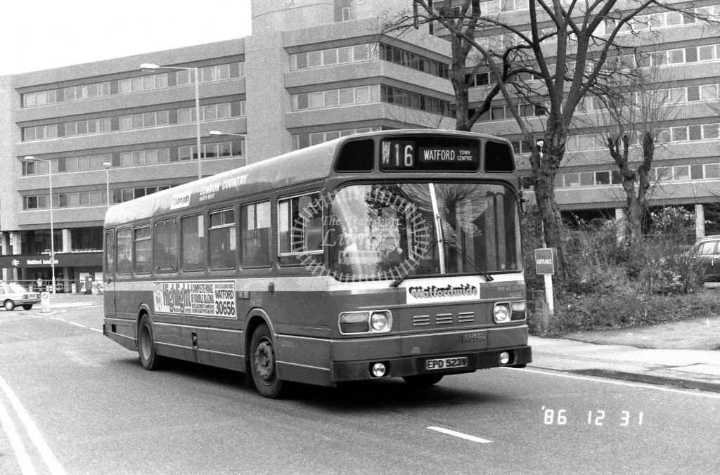 London Country North West Leyland National SNB523 EPD523V  at Watford  , Clarendon Rd  in 1986 on route  W16  - Russell Fell