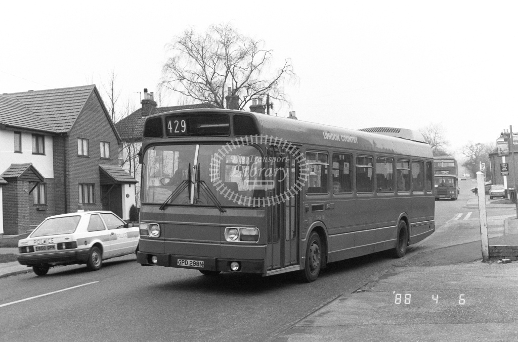 London Country South West Leyland National Class SNB SNB147  on route 429 GPD298N  at Godstone  in 1988 - Russell Fell