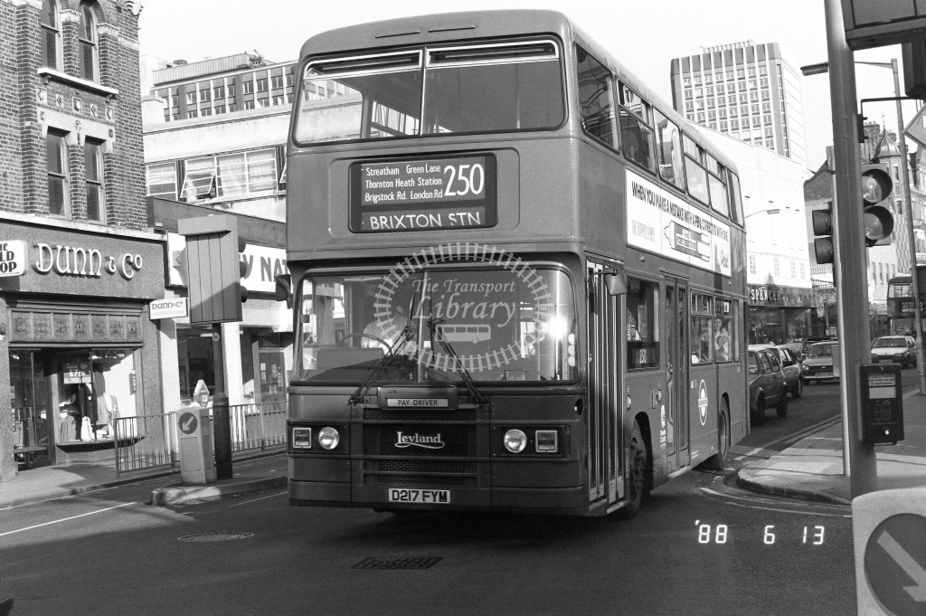 London Buses Leyland Olympian Class L L217  on route 250 D217FYM  at West Croydon  in 1988 - Russell Fell