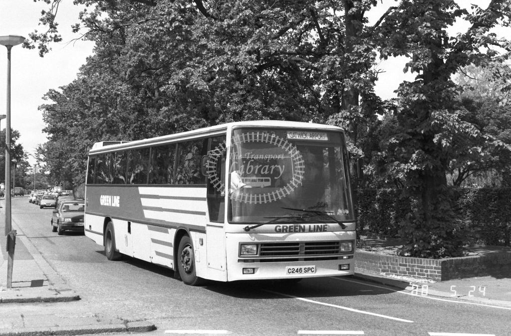 London Country South West Leyland Tiger Class TDL TDL46  on route 773 C246SPC  at Crawley  in 1988 - Russell Fell