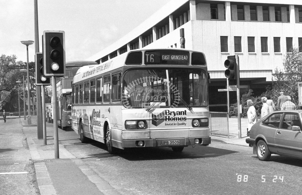 London Country South West Leyland National Class SNB SNB350  on route T6 UPB350S  at Crawley  in 1988 - Russell Fell
