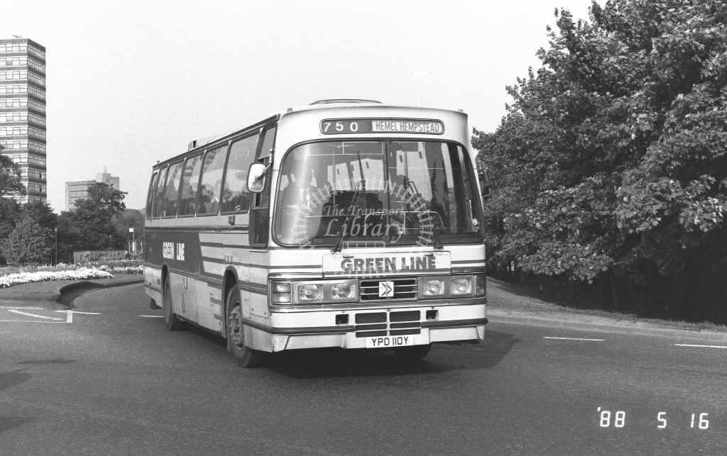 London Country North West Leyland Tiger Class TD TD10  on route 750 YPD110Y  at Stevenage  in 1988 - Russell Fell