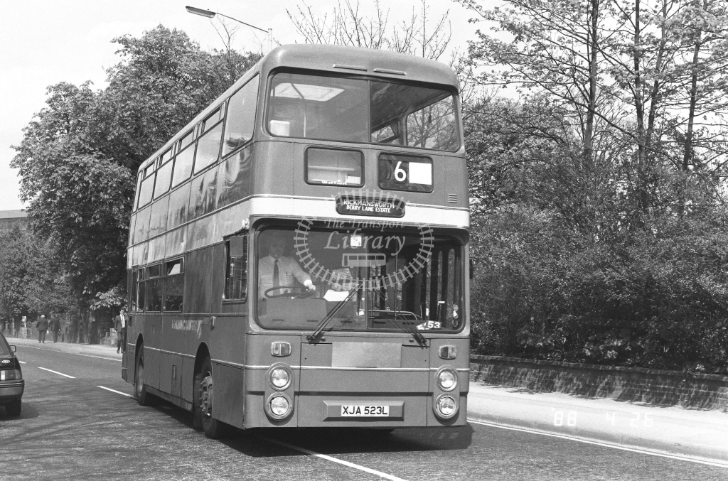 London Country North West Leyland Atlantean Class AN AN809  on route W6 XJA523L  at Watford   in 1988 - Russell Fell