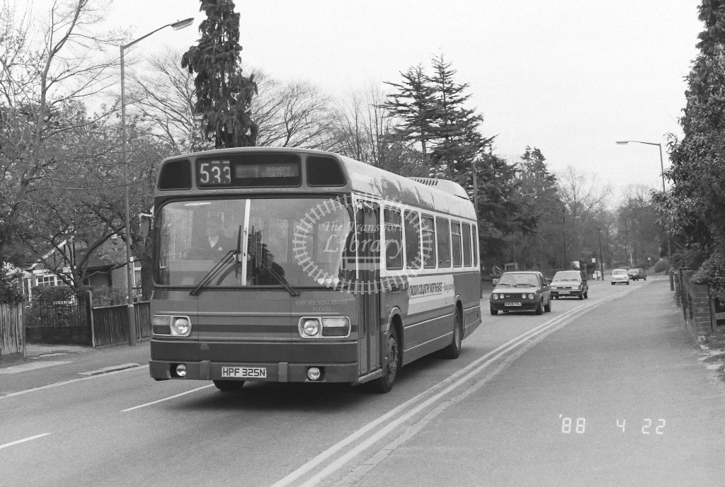 London Country North East Leyland National Class SNB SNB175  on route 533 HPF325N  at Epping  in 1988 - Russell Fell