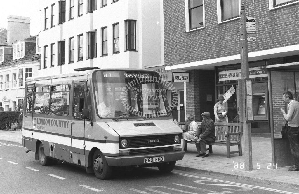 London Country South West Iveco Daily Class IMB IMB1  on route H1 E901EPD  at Horsham   in 1988 - Russell Fell