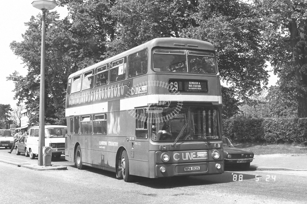 London Country South West Leyland Atlantean Class AN AN152  on route C9 VPA152S  at Crawley  in 1988 - Russell Fell