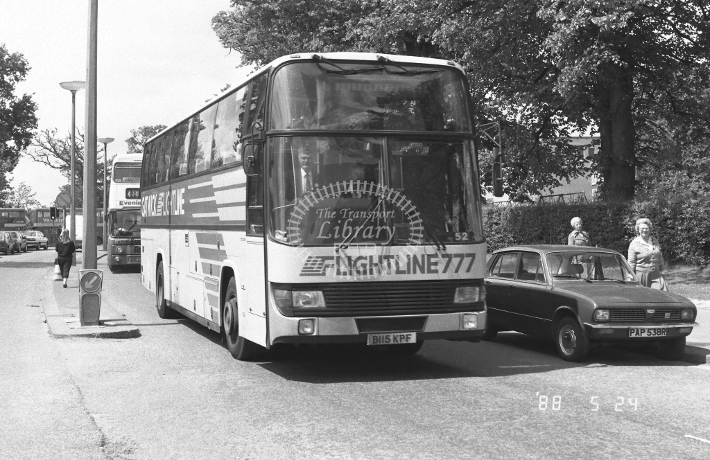 London Country South West Leyland Tiger Class BTL BTL15  on route 777 B115KPF  at Crawley  in 1988 - Russell Fell