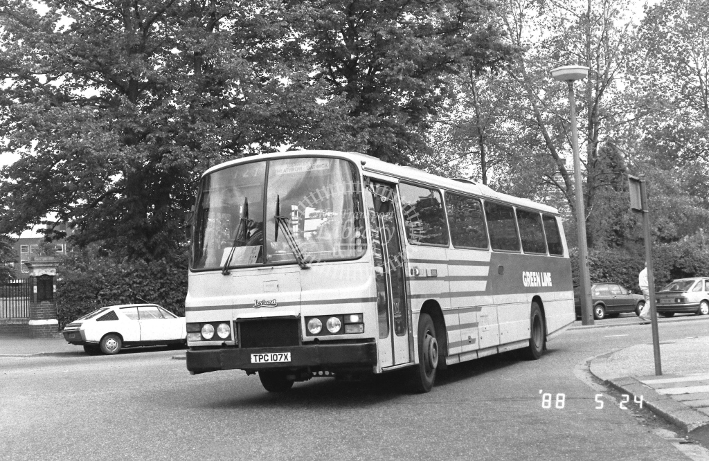 London Country South West Leyland Tiger Class TL TL7  on route 727 TPC107X  at Crawley  in 1988 - Russell Fell