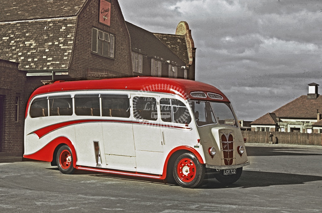 Fry, Tintagel Guy Vixen LGV722 at Paget Arms, Park Lane in 1949 - Apr-49 - Robin Hannay