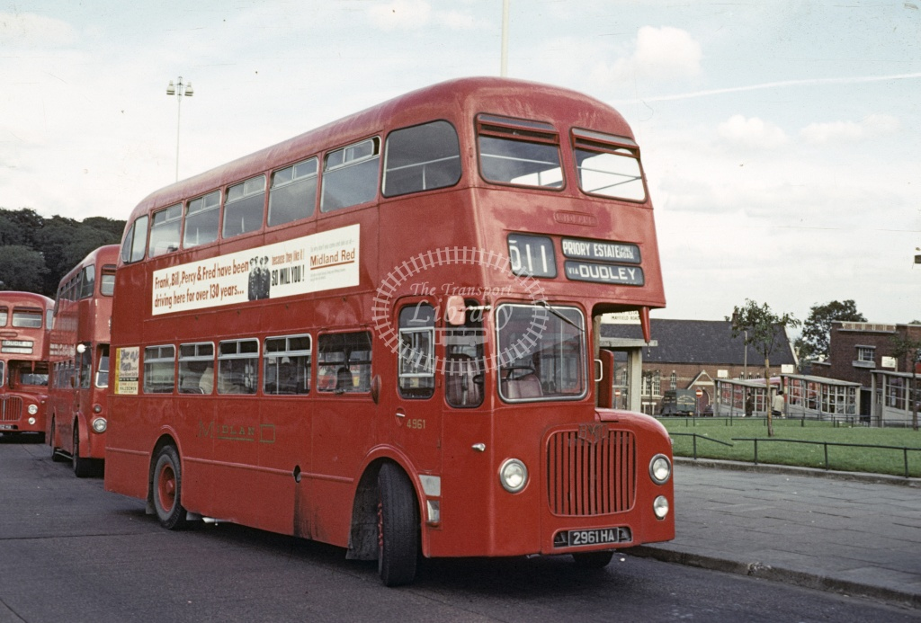 Midland Red BMMO D9 4961 2961HA at Dudley in 1969 - Sep 1969 - Robin Hannay