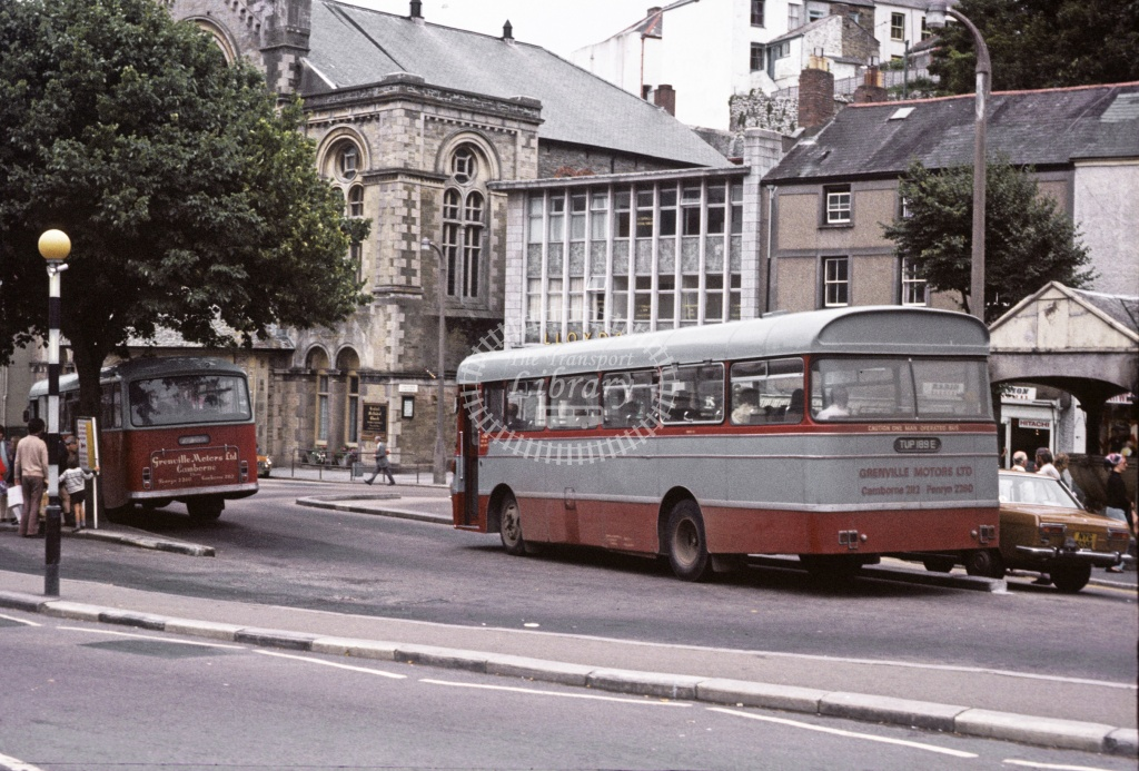 Grenville, Camborne Bedford VAM14 TUP189E at Falmouth in 1975 - 27607 - Robin Hannay