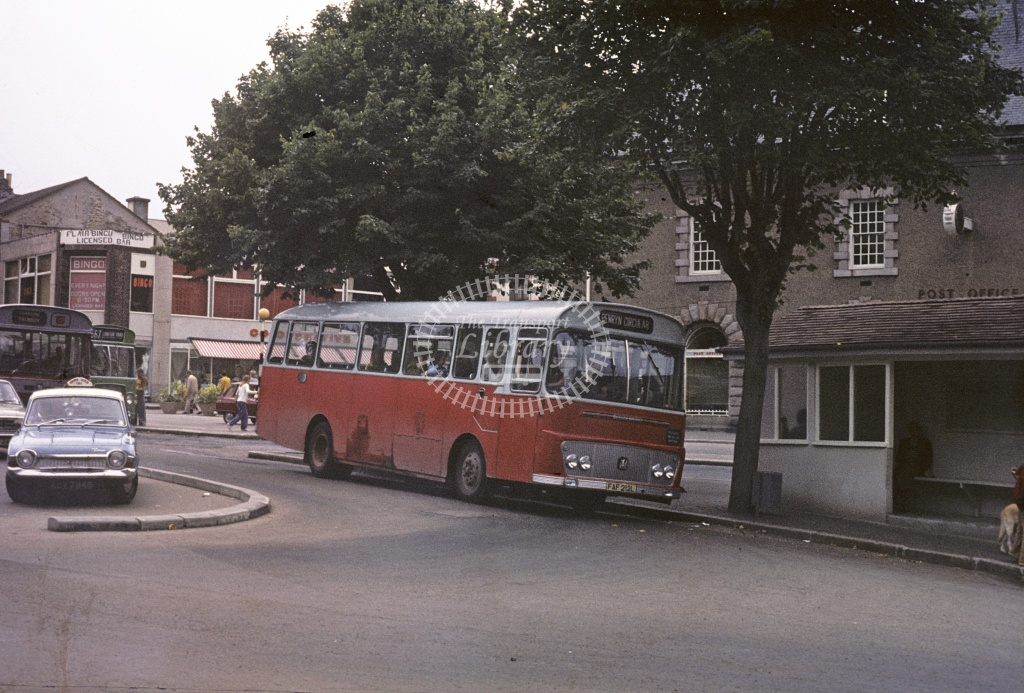 Grenville, Camborne Bedford YRQ FAF212L at Falmouth in 1975 - 27607 - Robin Hannay
