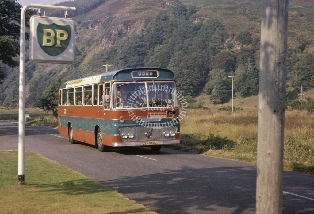 Highland Scottish Ford R1014 T80 UST880L at Fort William in 1976 - Aug 1976 - Robin Hannay