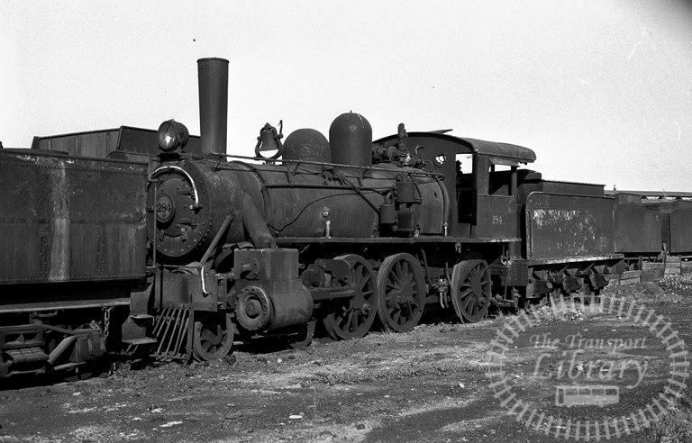FCE Chile Railways Steam Locomotive Class 38 284  at San Bernardo in 1974 - Tommy Farr