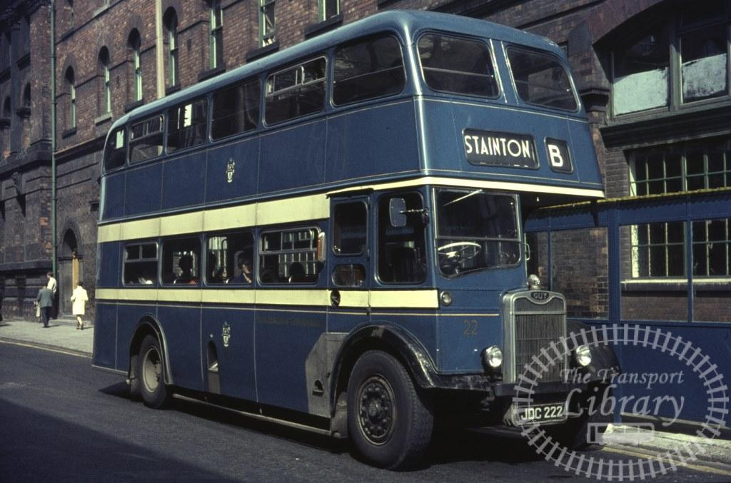 Middlesbrough Corporation Guy Arab IV 22 JDC222 in 1966 on route B - Ron Wellings