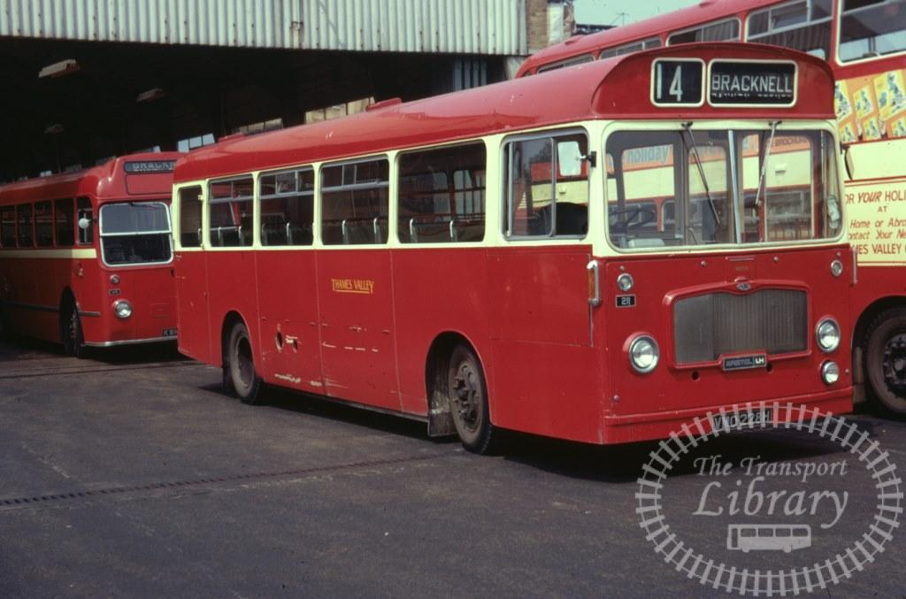 Thames Valley Bristol LH 211 VMO228H in 1971 on route Unknown - 15/07/1971 - Ron Wellings