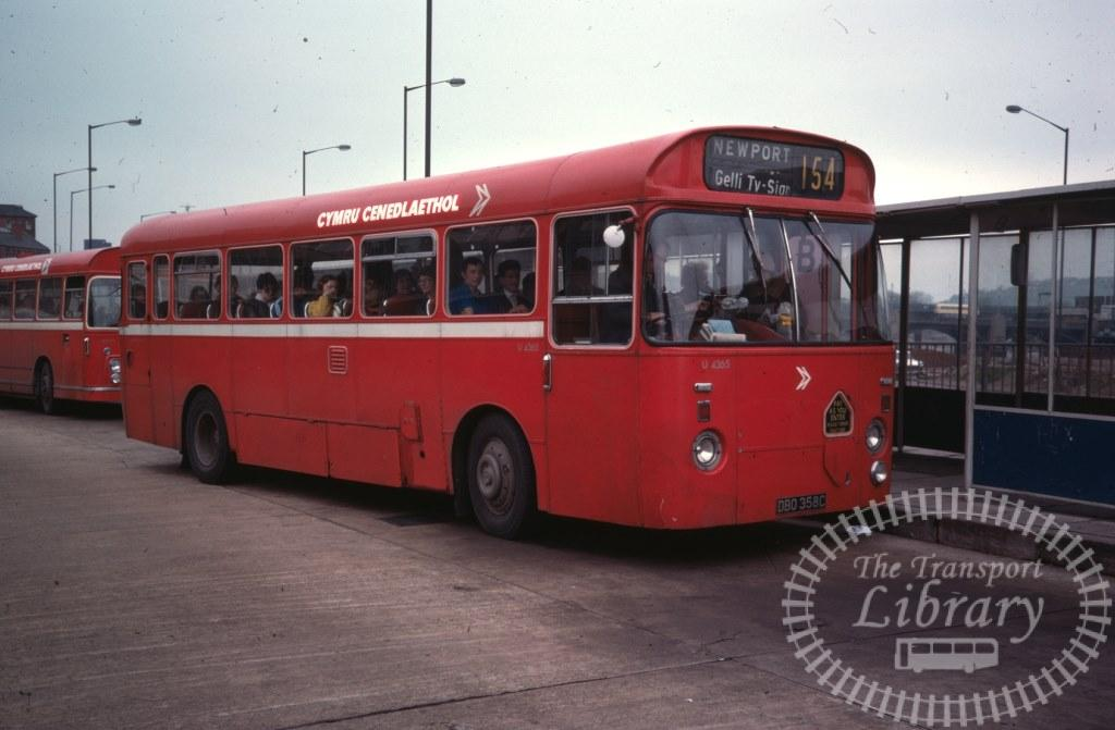 National Welsh Leyland Leopard U4365 DBO358C in 1978 on route 154 - 06/05/1978 - Ron Wellings